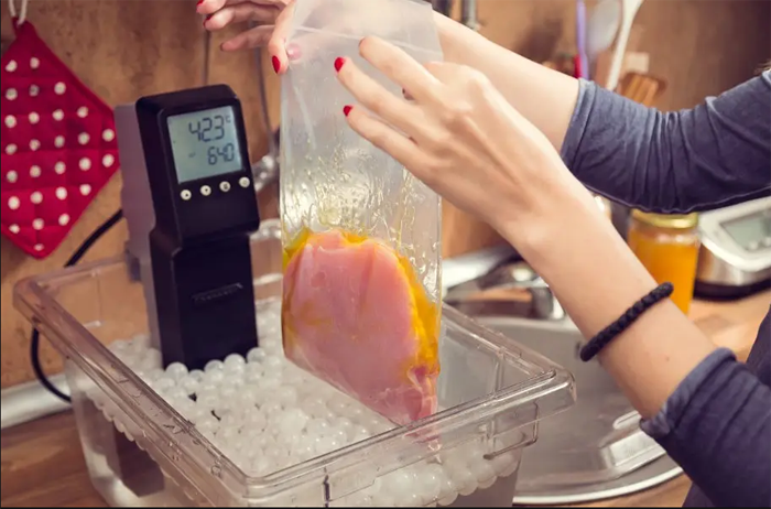 What is a sous vide machine?