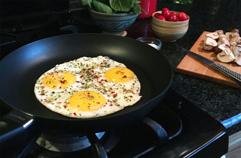 Review of Best Skillet Pans [Easy to cook and fry]